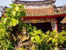 HOIAN,越南, 2017年9月, 04 :一个古老华美的寺庙的美丽的景色在hoian的,在一个晴天在越南 免版税图库摄影