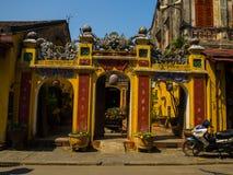 HOIAN,越南, 2017年9月, 04 :寺庙的美丽的景色在hoian的,在一个晴天在越南 库存照片