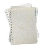 Hoja de la pila de papel en el fondo blanco Fotos de archivo libres de regalías