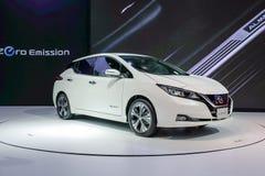 HOJA de Nissan, coche eléctrico de la cero-emisión el 100% en la exhibición en la 34ta expo internacional 2017 del motor de Taila foto de archivo libre de regalías