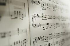 Hoja de notas musicales Fotografía de archivo libre de regalías