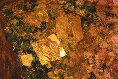 Hoja de oro, textura de papel del oro Fotografía de archivo libre de regalías