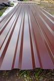 Hoja del hierro de la techumbre del chocolate Fotos de archivo libres de regalías