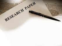 Hoja en blanco de los trabajos de investigación Imagen de archivo libre de regalías