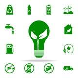 hoja en un icono del verde de la bombilla sistema universal de los iconos de Greenpeace para el web y el móvil stock de ilustración