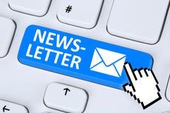 Hoja informativa que envía el correo del correo electrónico del email en Internet para el negocio mA Fotografía de archivo