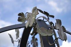 Hojas de la vid del metal Imagen de archivo