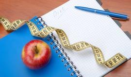 Hojas de operación (planning) de una dieta Fotografía de archivo libre de regalías