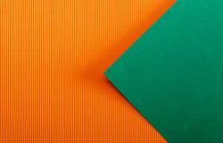 hojas de papel coloreadas Imagenes de archivo