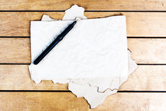 Hojas de papel viejas en blanco Imágenes de archivo libres de regalías