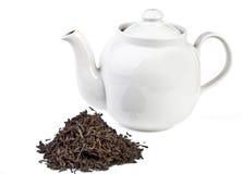 Hojas de té y té Imágenes de archivo libres de regalías