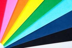 Hojas del papel coloreado Imágenes de archivo libres de regalías