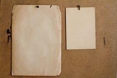 Hojas del papel viejo fotos de archivo