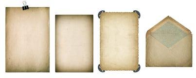 Hojas y sobre de papel viejos Cartulina texturizada sucia Imagenes de archivo