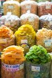 HOJIMIN城市,越南3月17日: :干果子在本Thann市场上 库存图片