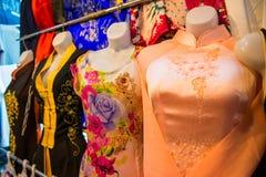 HOJIMIN-stad, Vietnam Mars 17:: Vietnamesisk lokal klänning Ben Thann Royaltyfria Bilder