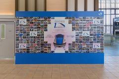 Hokuriku Shinkansen 1st årsdagskärm i Shin Takaoka statistik Royaltyfri Fotografi