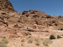 Hol in de rots, ruïnes royalty-vrije stock afbeelding