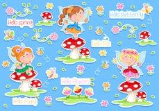 Hola primavera - las pequeñas hadas y primavera adorables cultivan un huerto Foto de archivo