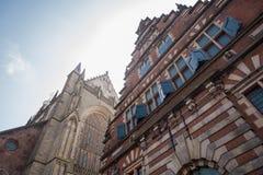 Holandés típico Architechture en Haarlem Foto de archivo