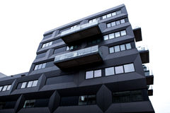 HOLANDIE AMSTERDAM, PAŹDZIERNIK, - 25, 2015: Nowożytna miasto architektura Amsterdam, Holandia - Obraz Stock