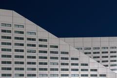 holandie Rotterdam na 01 2015 Lipu Moderns budynku biurowego willemswerf w Rotterdam przeciw niebieskiemu niebu Obrazy Stock