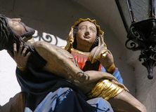 Holding Jesus della Mary di Virgin Immagini Stock Libere da Diritti