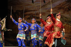 """Holding the knife and gun starting- Beijing Opera"""" Women Generals of Yang Family"""". This opera tells a patriotic story how does an old woman of a Royalty Free Stock Photography"""