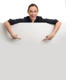 holdingkvinna för blankt kort Fotografering för Bildbyråer