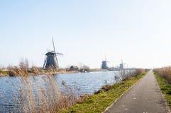 Holenderscy wiatraczki z rzędu Zdjęcia Royalty Free