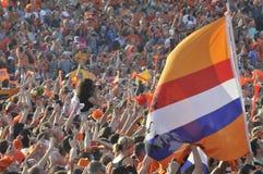 Holenderscy zwolennicy ogląda grę Obraz Stock