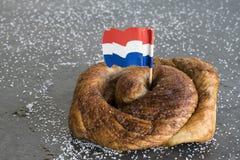 Holenderska cynamonowa chlebowa rolka, nazwany Bolus obrazy stock