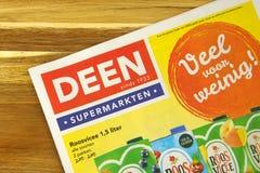 Holenderska supermarketa Deen reklamy ulotka zdjęcia stock