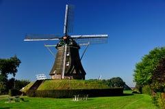 holenderski stary wiatraczek zdjęcie royalty free