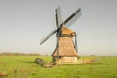 Holenderski wiatraczek De Snip w Friesland zdjęcie royalty free