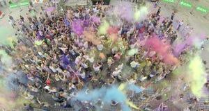 Holi färgfestival - flygbild Arkivfoto