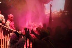 Holi-Feier bei Barsana Stockfotografie
