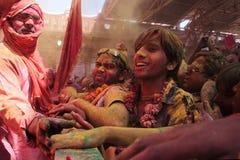 Holi-Feier bei Barsana Stockfoto