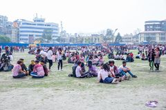 Holi het Festival van Kleurenviering in Tundikhel Katmandu Nepal stock foto's