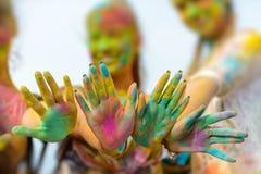 Holi målade händer Royaltyfria Foton
