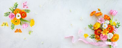Free Holiday Concept With Bouquet Of Spring Flowers On Pastel Vintage Background. Easter Composition Royalty Free Stock Image - 211853306