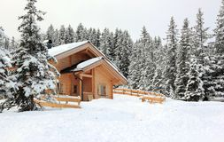 Holiday cottages, Alpine scenery. Royalty Free Stock Photos