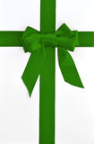 Holiday green bow and ribbon gift box Royalty Free Stock Photos