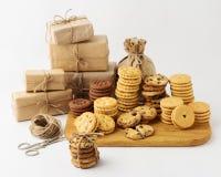 holiday La Navidad y Año Nuevo Galletas hechas en casa para los regalos Sel Imagen de archivo libre de regalías