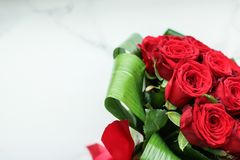 Free Holiday Love Present On Valentines Day, Luxury Bouquet Of Red Roses Royalty Free Stock Photos - 168124608