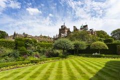 Holker Hall & sommarträdgård royaltyfria foton