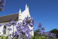 Holländare omdanad kyrka i Franschoek, Sydafrika Royaltyfri Foto