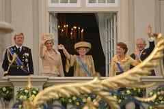 Holländsk kungafamiljen royaltyfri bild