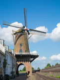 holländsk traditionell windmill Arkivbilder
