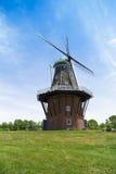 Holländsk väderkvarn Arkivfoto